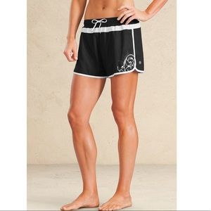 Athleta black and white running shorts size small